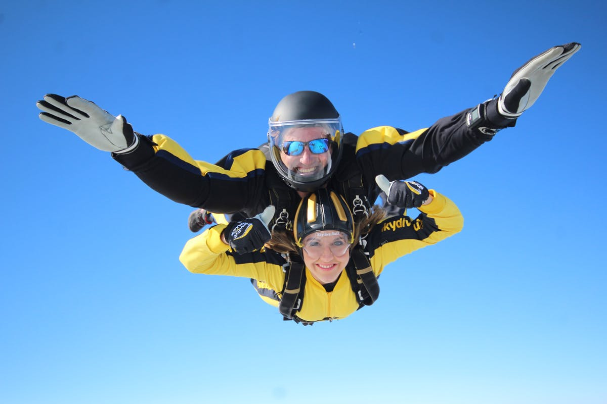 15000ft tandem skydive bucket list birthday gift with Virgin Experience Days
