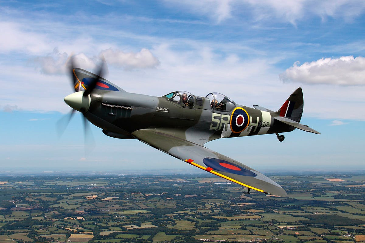 Flight in a WWII Spitfire bucket list experience with Virgin Experience Days
