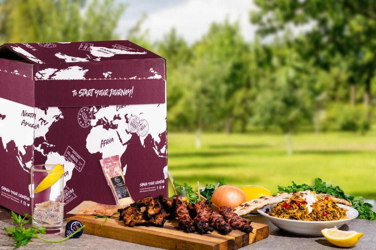 The Big BBQ Night In for up to Six with Feast Box