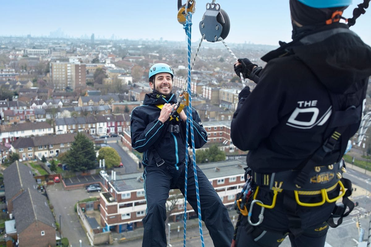 The Dare Skywalk Edge man abseiling off the new Spurs Stadium