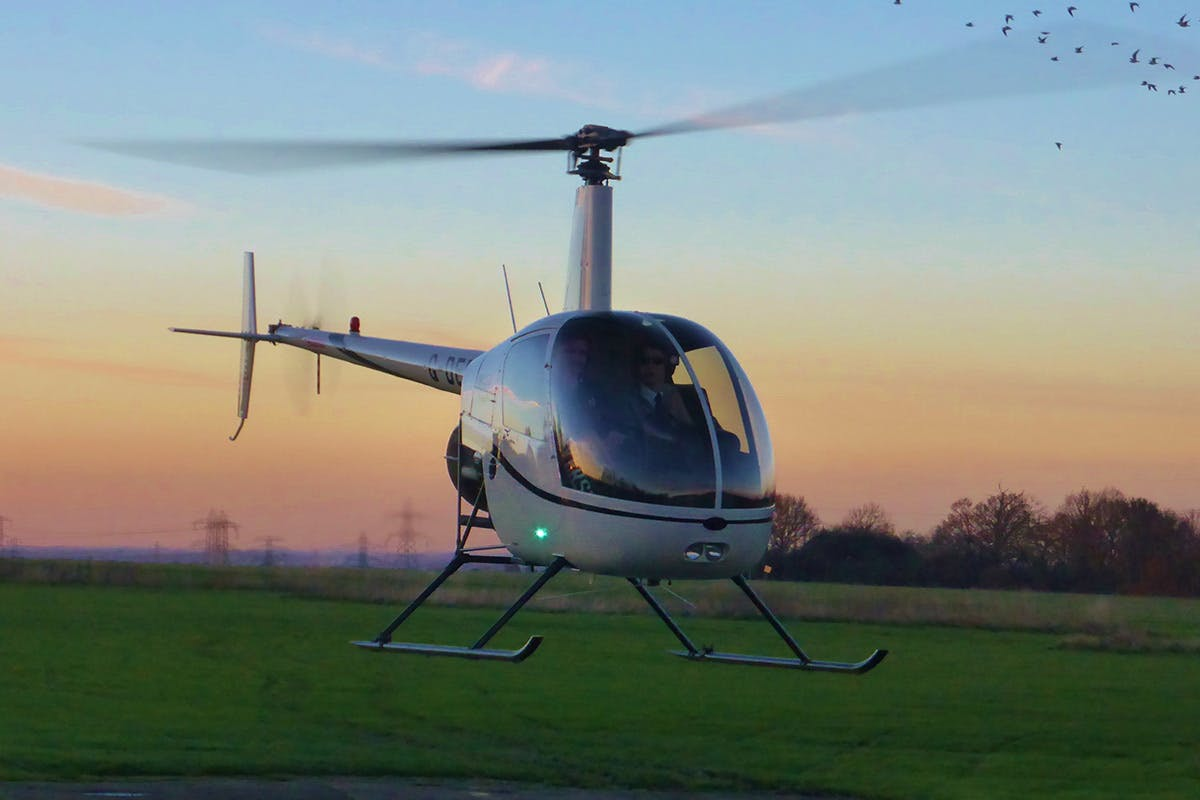 15 Minute Helicopter Flying Experience
