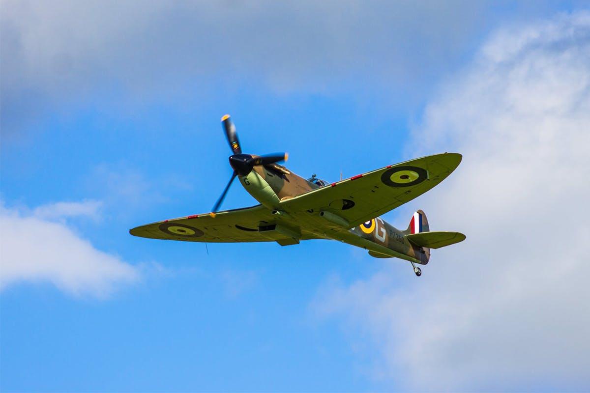 30 Minute Spitfire Flight Simulator
