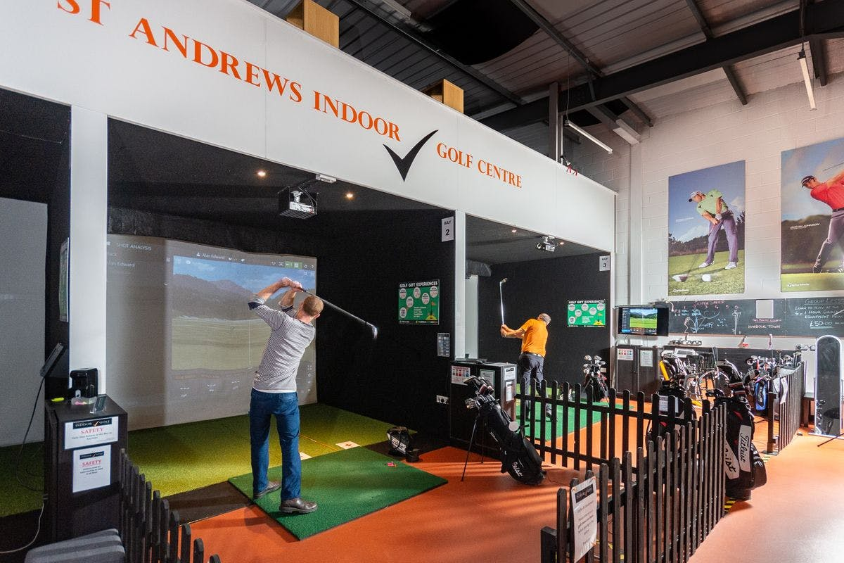30 Minute One On One Golf Lesson With An Advanced Pga Professional Golfer At The St. Andrews Indoor Golf Centre   Virgin Experience Days Voucher