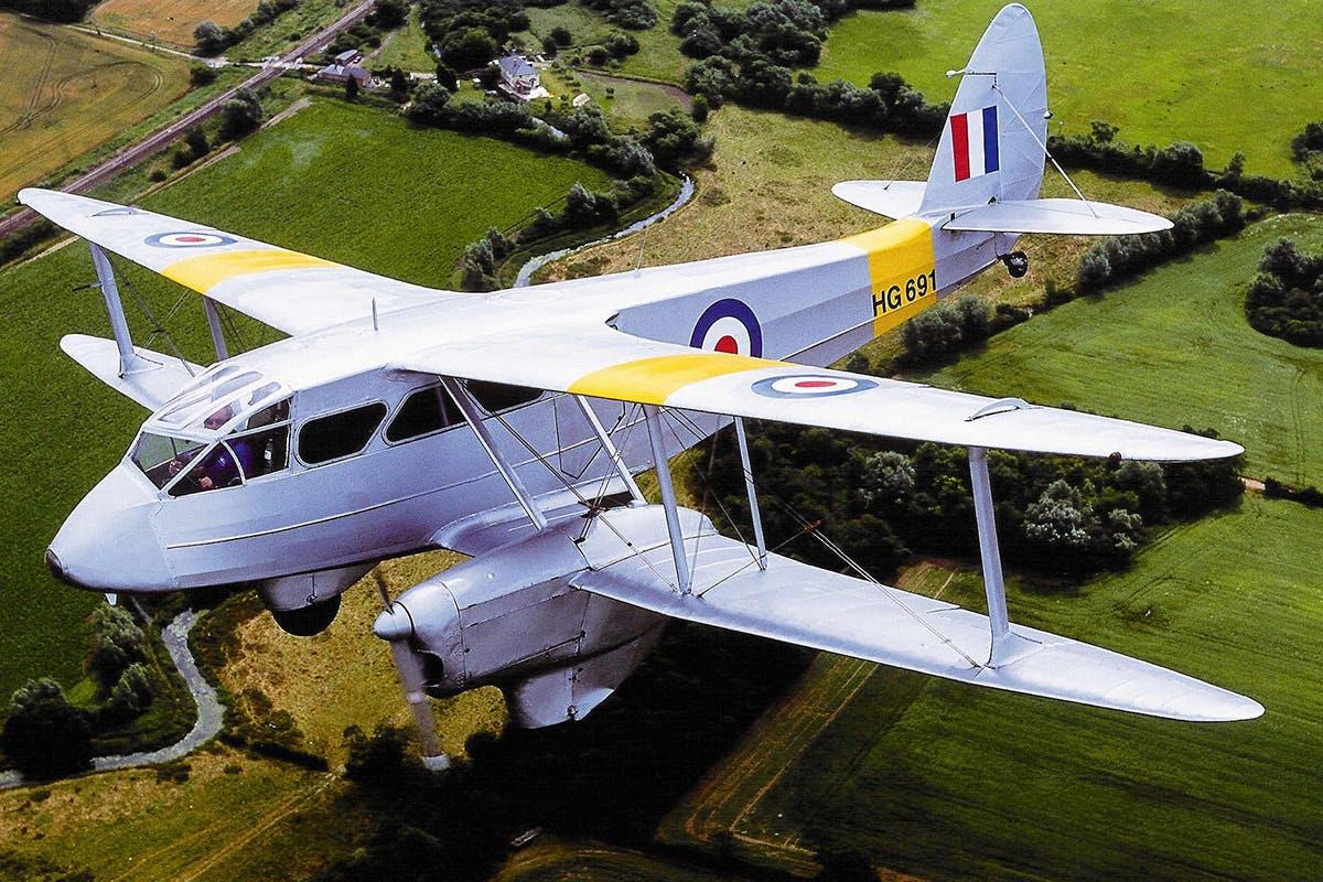 De Havilland Dragon Rapide Flight over London