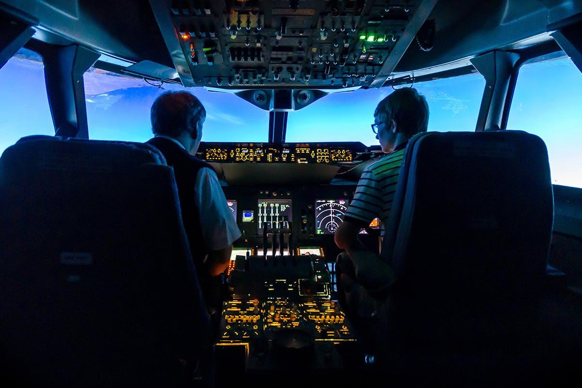 30 Minute 747 Jumbo Flight Simulator