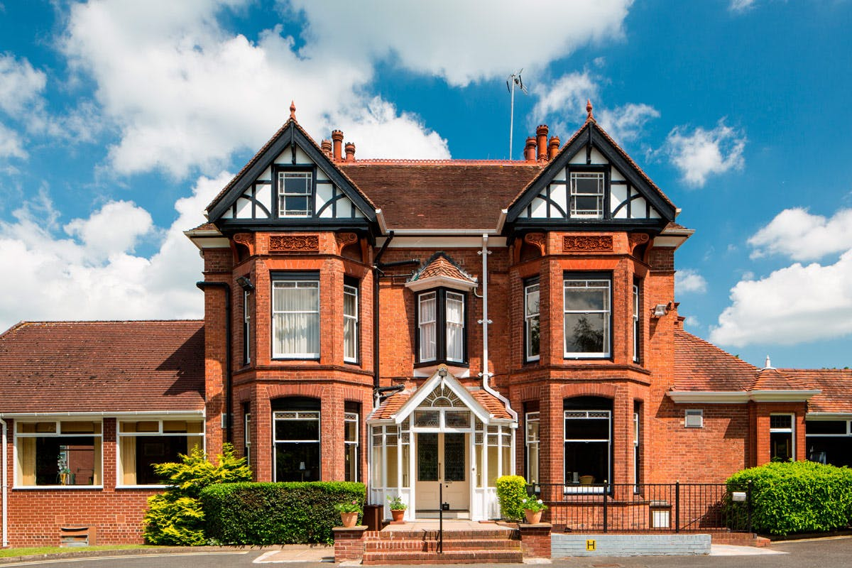 One Night Break for Two at the Mercure Kidderminster Hotel