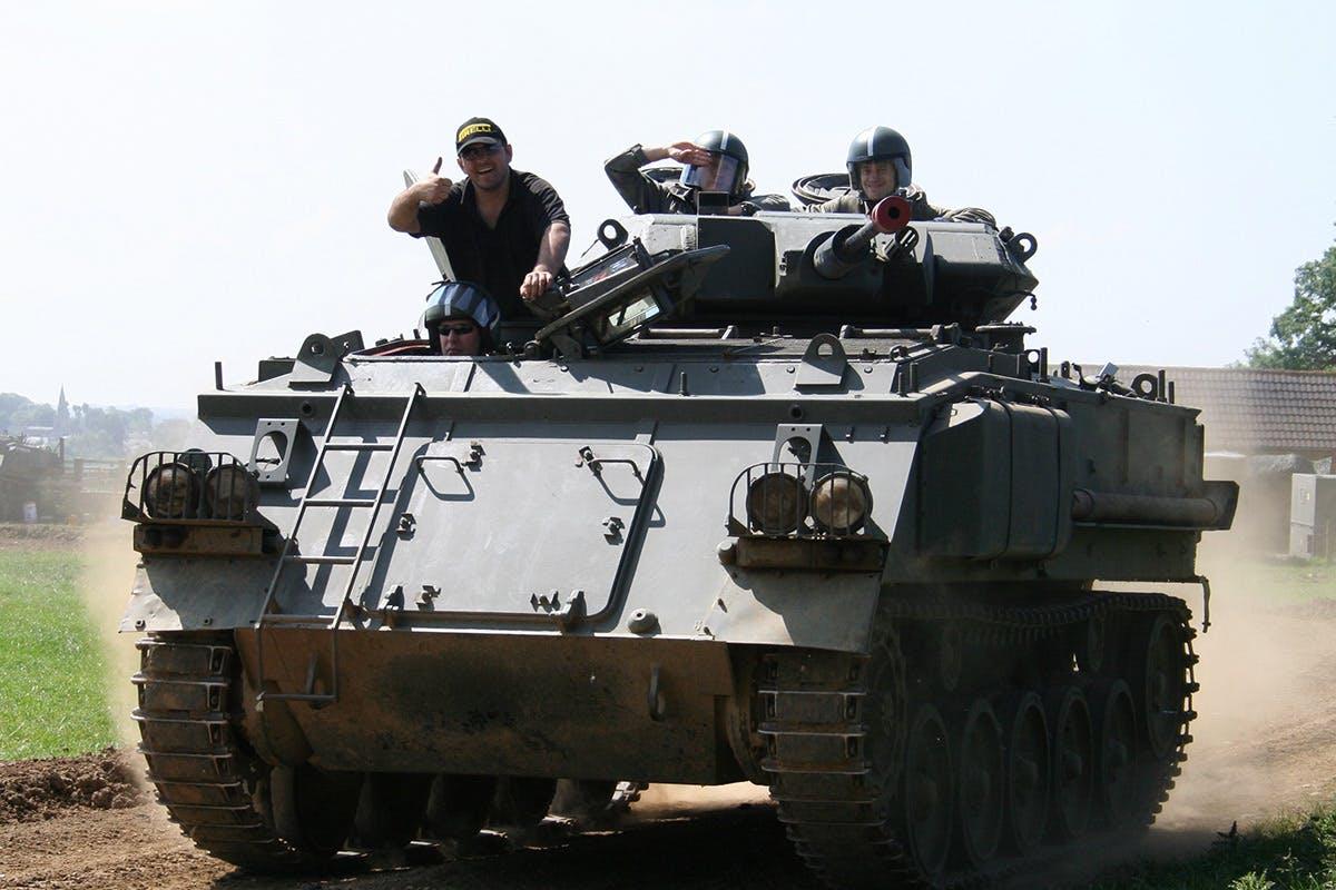 Tank Paintball Battle