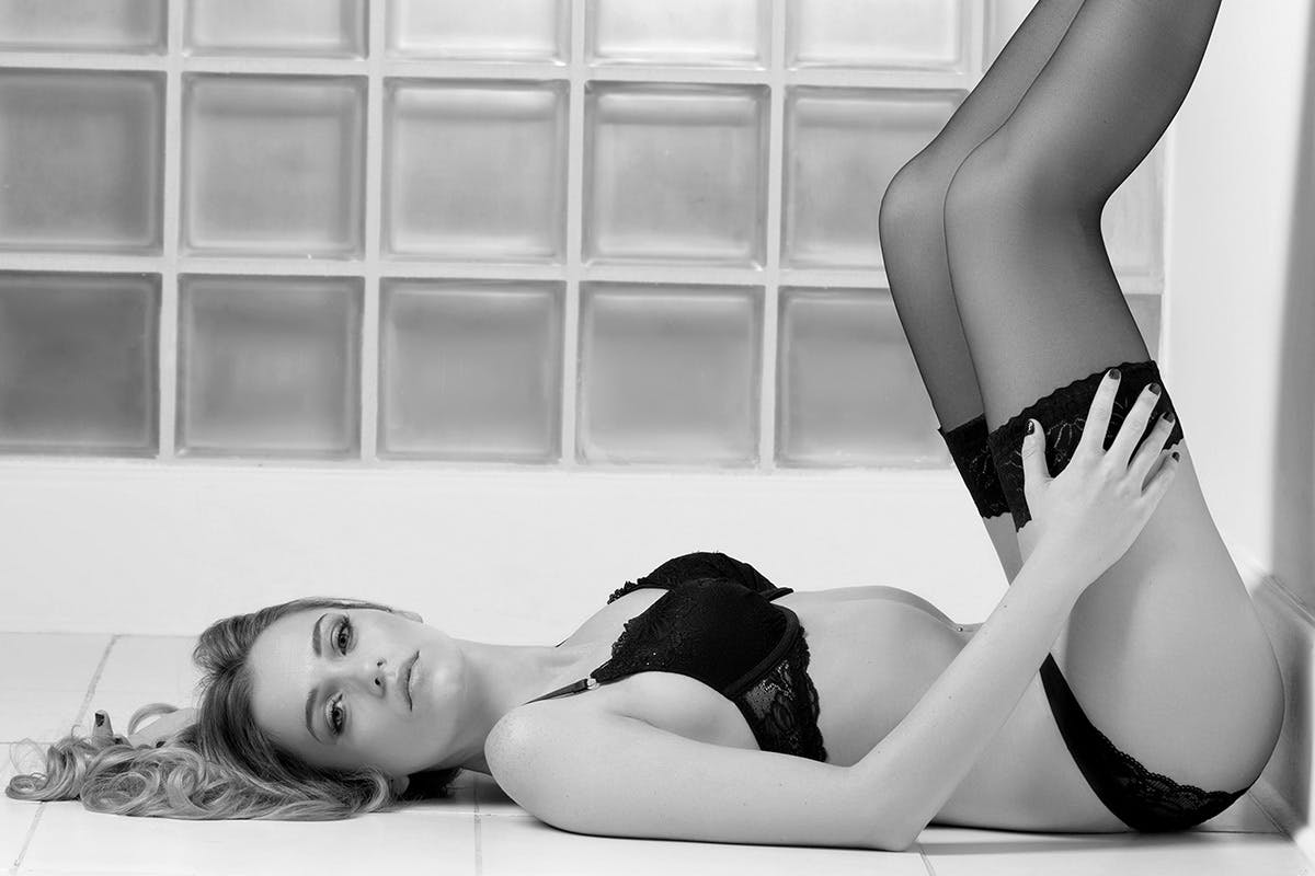 Boudoir Photoshoot for Her with £50 off voucher