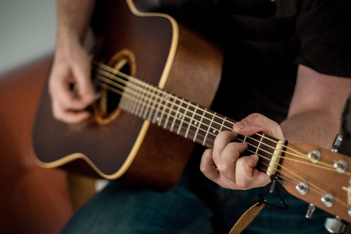 Learn the Guitar with Three 1:2:1 Live Online Lessons