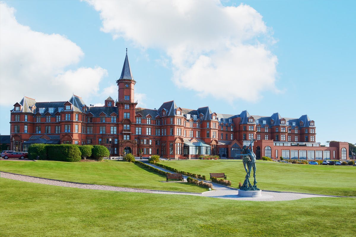 One Night Coastal Break with Dinner for Two at the Luxury 4* Slieve Donard Resort and Spa