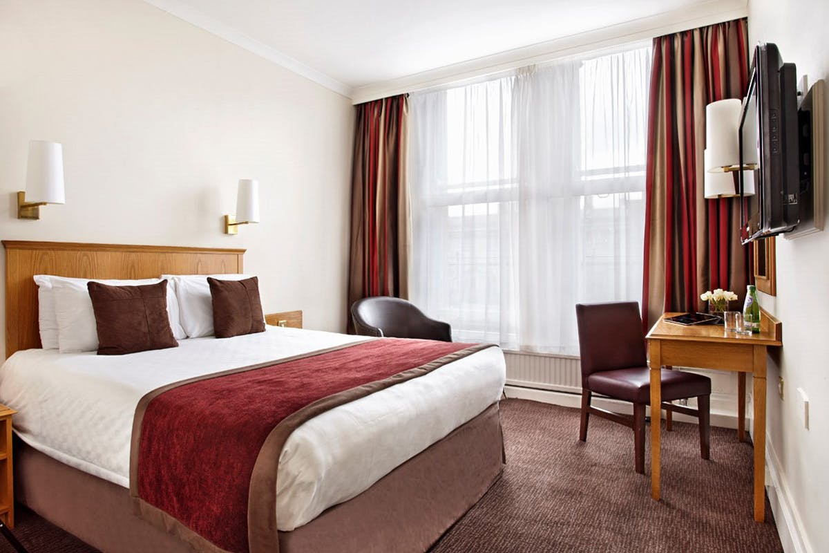 One Night Newcastle City Break for Two at the County Hotel
