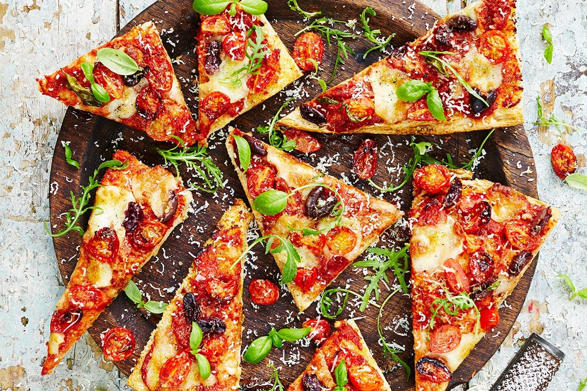 Buy Pizza For Pros Class At The Jamie Oliver Cookery School For One Led By A Professional Chef - Virgin Experience Days Voucher