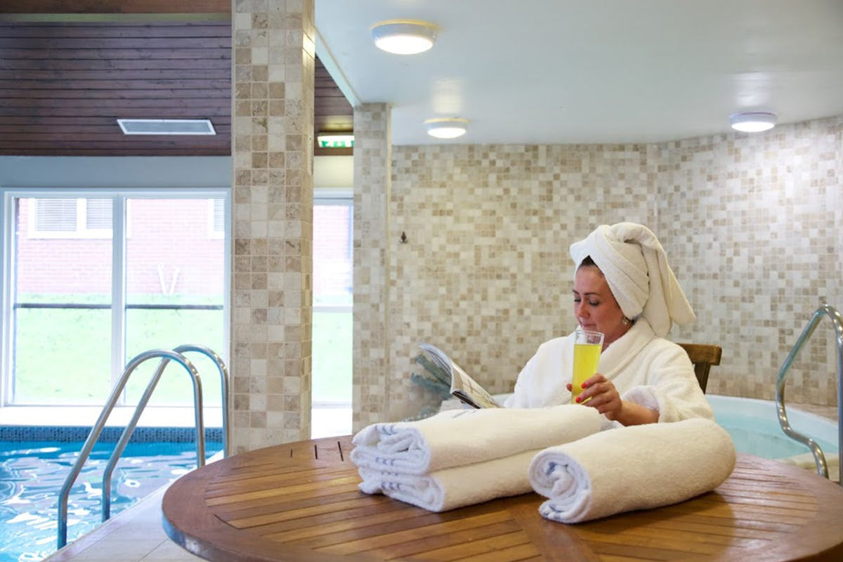 Relaxing One Night Pamper Break with Dinner for Two at a Hallmark Hotel