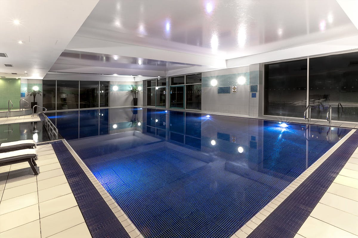 Romantic One Night Pamper Escape with Dinner and Prosecco for Two at Crowne Plaza Marlow The Crown Plaza, Marlow