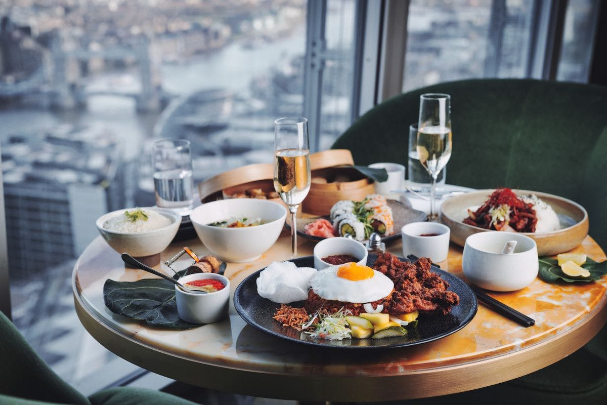 Veuve Clicquot Champagne Brunch for Two at the 5* Luxury Shangri-La Hotel, at The Shard