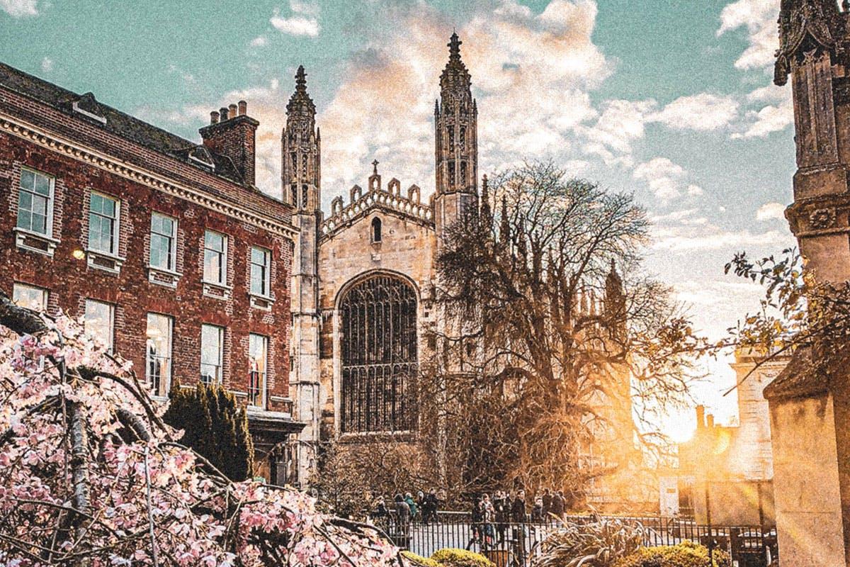 Virtual Cambridge Unique Audio-Guided Tour