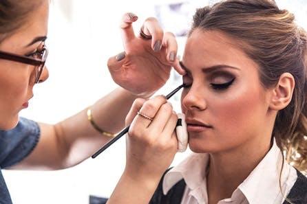 Makeup Artist 22 Part Online Course