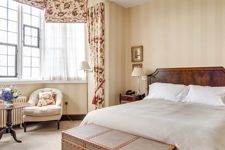 One Night Luxury Cotswolds Break for Two at the 5* Ellenborough Park