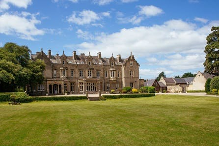 One Night Stay with Dinner and Prosecco for Two at Shendish Manor Hotel
