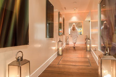 Pamper Day and Prosecco Lunch for Two at the 5* Montcalm Hotel, London