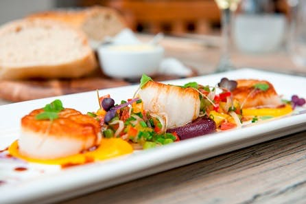 Riverside Three Course Meal with Wine for Two in Oxford