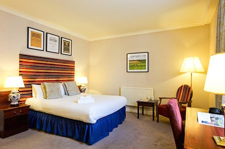 Sunday Night Escape for Two at the Hallmark Hotel Derby Midland and Visit to Chatsworth House