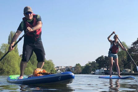 Thames Stand Up Paddleboarding and a Pint or Prosecco for Two in Richmond