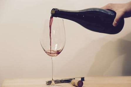 Virtual Wine Tasting: Prosecco and Vintage 2008 Bordeaux with Live Tutorial
